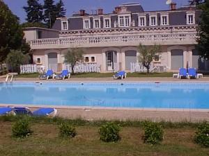 Clavel piscine